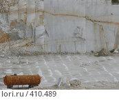 Купить «Ржавая цистерна в Коелгинском мраморном карьере - Челябинская область», фото № 410489, снято 27 июля 2008 г. (c) Алексей Стоянов / Фотобанк Лори