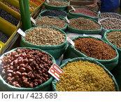 Купить «На рынке в Бишкеке», фото № 423689, снято 6 мая 2005 г. (c) Михаил Браво / Фотобанк Лори