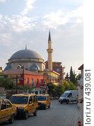 Купить «Анталия, улица старого города», фото № 439081, снято 29 июля 2008 г. (c) A Большаков / Фотобанк Лори