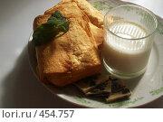 Купить «Пирожное», фото № 454757, снято 10 сентября 2008 г. (c) Павел Савин / Фотобанк Лори