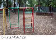 Купить «Разрушенная детская площадка», фото № 456129, снято 13 сентября 2008 г. (c) Anna / Фотобанк Лори