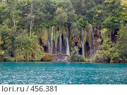Купить «Водопады на Плитвицких озерах, Хорватия», фото № 456381, снято 16 августа 2008 г. (c) Pukhov K / Фотобанк Лори