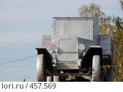 """Купить «Автомобиль """"ЗИС"""" на постаменте в городе Бийске», эксклюзивное фото № 457569, снято 13 сентября 2008 г. (c) Free Wind / Фотобанк Лори"""