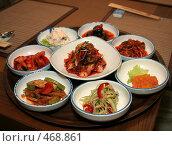 Купить «Блюда корейской кухни», фото № 468861, снято 31 мая 2007 г. (c) Павлова Татьяна / Фотобанк Лори