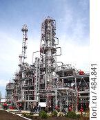 Купить «Нефтеперерабатывающий завод», фото № 484841, снято 18 апреля 2008 г. (c) Buka / Фотобанк Лори