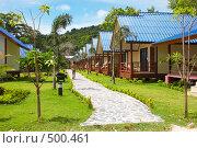 Купить «Ряд домиков, Таиланд», фото № 500461, снято 20 августа 2006 г. (c) Алексей Корсаков / Фотобанк Лори