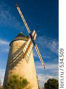 Купить «Старая ветряная мельница», фото № 534509, снято 2 августа 2007 г. (c) Александр Чермянин / Фотобанк Лори