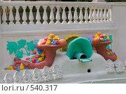 """Купить «Фрагмент фонтана """"Рог изобилия""""», фото № 540317, снято 22 июля 2005 г. (c) Иван Сазыкин / Фотобанк Лори"""