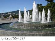 Купить «Фонтан г.Ялта, набережная.», эксклюзивное фото № 554597, снято 6 сентября 2004 г. (c) Дмитрий Неумоин / Фотобанк Лори