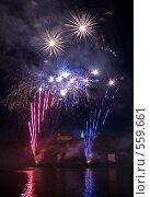 Купить «Международный фестиваль фейерверков. Чебоксары», фото № 559661, снято 19 августа 2018 г. (c) Евгений Большаков / Фотобанк Лори