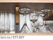 Стеклянные бокалы. Стоковое фото, фотограф Елена Куколева / Фотобанк Лори