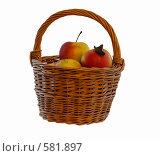 Купить «Натюрморт с яблоками и корзиной», фото № 581897, снято 22 ноября 2008 г. (c) Игорь Качан / Фотобанк Лори