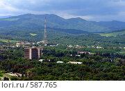 Купить «Нальчик. Вид на город с горы Кизиловка», фото № 587765, снято 22 июня 2008 г. (c) Александр Тараканов / Фотобанк Лори