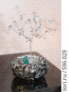 Купить «Абстрактная композиция», фото № 596029, снято 30 ноября 2008 г. (c) Федор Королевский / Фотобанк Лори