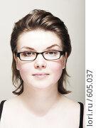 Девушка в очках. Стоковое фото, фотограф pshek / Фотобанк Лори