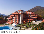 Купить «Гостиница на Красной Поляне, Пик отель», фото № 615177, снято 4 ноября 2008 г. (c) Игорь Р / Фотобанк Лори
