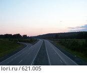 Купить «Трасса М36 на рассвете», фото № 621005, снято 27 августа 2006 г. (c) Алексей Стоянов / Фотобанк Лори