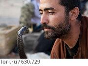 Заклинатель змей №2 (2008 год). Редакционное фото, фотограф Кирилл Дорофеев / Фотобанк Лори