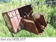Купить «Старый почтовый ящик в деревне_1», фото № 655317, снято 28 июля 2008 г. (c) Максим Попурий / Фотобанк Лори
