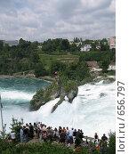 Купить «Рейнский водопад. Шаффхаузен. Швейцария», фото № 656797, снято 27 июля 2008 г. (c) Светлана Кудрина / Фотобанк Лори