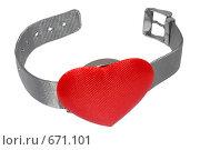 Купить «Часы с красным сердцем», фото № 671101, снято 16 декабря 2008 г. (c) Кекяляйнен Андрей / Фотобанк Лори