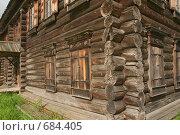 Купить «Фрагмент старинного бревенчатого дома», фото № 684405, снято 7 августа 2008 г. (c) Владимир Воякин / Фотобанк Лори