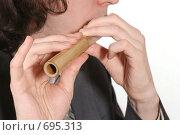 Мужчина играет на флейте. Стоковое фото, фотограф Юлия Кузнецова / Фотобанк Лори