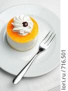 Купить «Фруктовое пирожное», фото № 716501, снято 19 февраля 2009 г. (c) Сергей Старуш / Фотобанк Лори