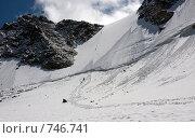 Купить «Алтай, перевал Делоне, встреча альпинистов на тропе», фото № 746741, снято 25 июля 2008 г. (c) Max Toporsky / Фотобанк Лори