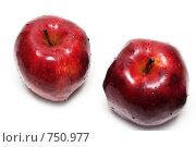 Купить «Красные яблоки», фото № 750977, снято 5 марта 2009 г. (c) Руслан Кудрин / Фотобанк Лори