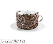 Купить «Оригинально декорированная чашка. Изолировано от фона.», фото № 767193, снято 2 января 2009 г. (c) Vitas / Фотобанк Лори