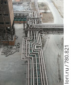 Купить «Эстакада энергоносителей на заводе», фото № 780821, снято 20 октября 2005 г. (c) Кекяляйнен Андрей / Фотобанк Лори