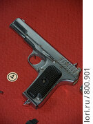 Пистолет Токарева (ТТ) (2009 год). Редакционное фото, фотограф Владимир / Фотобанк Лори