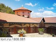Купить «Дворик старинного монастыря», фото № 808081, снято 11 июня 2006 г. (c) Харитонова Ольга / Фотобанк Лори