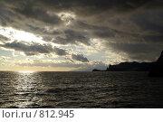 Купить «Морской закат. Вид на Новый Свет.», фото № 812945, снято 24 ноября 2008 г. (c) Анна Полторацкая / Фотобанк Лори