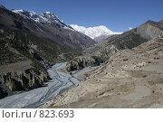 Купить «Высохшее русло реки в горах, Непал, Гималаи», фото № 823693, снято 26 октября 2008 г. (c) Кудрина Надежда / Фотобанк Лори