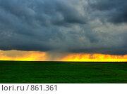 Купить «Весенняя гроза на закате», фото № 861361, снято 5 мая 2009 г. (c) Титаренко Елена / Фотобанк Лори