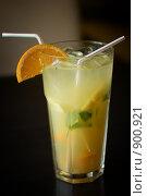 Коктейль с лимоном и мятой. Стоковое фото, фотограф Илья Лавриненко / Фотобанк Лори
