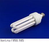 Энергосберегающая лампа. Стоковое фото, фотограф Сергей Галушко / Фотобанк Лори