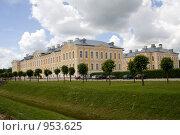 Купить «Рундальский дворец», фото № 953625, снято 21 июня 2009 г. (c) Asja Sirova / Фотобанк Лори