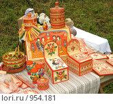 Расписные деревянные изделия. Стоковое фото, фотограф Юлия Подгорная / Фотобанк Лори