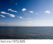 Море, облака уходящие за горизонт. Стоковое фото, фотограф Коротеев Сергей / Фотобанк Лори