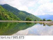 Озеро в горах. Стоковое фото, фотограф Галина Щурова / Фотобанк Лори