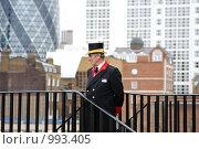 Смотритель в Лондонском Тауэре (2009 год). Редакционное фото, фотограф Александр Трушкин / Фотобанк Лори