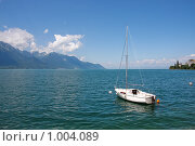 Купить «Монтре. Женевское озеро. Лодка», фото № 1004089, снято 27 июня 2008 г. (c) Александр Трушкин / Фотобанк Лори