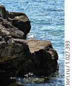 Утес в море. Стоковое фото, фотограф Владислав Цемкалов / Фотобанк Лори