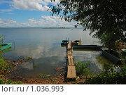 Купить «Ростов Великий. Озеро Неро», эксклюзивное фото № 1036993, снято 11 июля 2009 г. (c) lana1501 / Фотобанк Лори