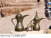 Купить «Арабские чайники и фигурка верблюда», фото № 1046677, снято 26 ноября 2008 г. (c) Irina Opachevsky / Фотобанк Лори