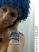 Купить «Красивая женщина в парике», фото № 1052237, снято 1 октября 2005 г. (c) Марианна Меликсетян / Фотобанк Лори