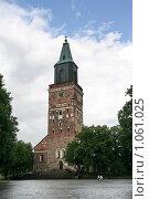 Купить «Кафедральный собор (г. Турку. Финляндия)», фото № 1061025, снято 2 августа 2009 г. (c) Александр Секретарев / Фотобанк Лори